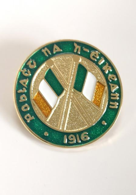1916flagbadge